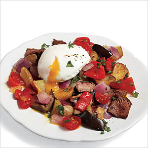 steak hash with poached eggs