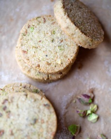 pistachio-shortbread-cookies-recipe
