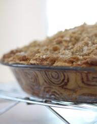 Cinnamon Roll Apple Pie